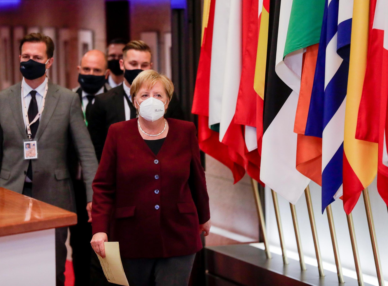 Ангела Меркель заявила, что лидеры ЕС согласны с необходимостью внедрить цифровое подтверждение вакцинаци.