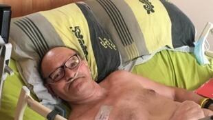 Alain Cocq, 57 ans, à son domicile à Dijon.