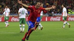 David Villa comemora o seu quarto gol no Mundial, que eliminou os portugueses da Copa.