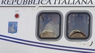 Papa embarcou para o Brasil na manhã desta segunda-feira, 22 de julho de 2013.