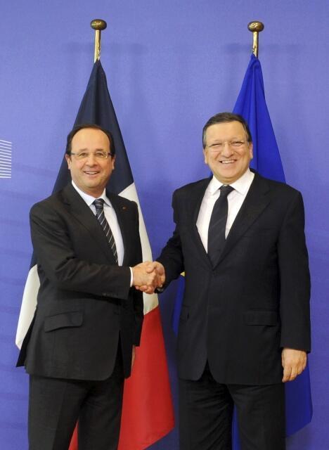 François Hollande e Durão Barroso nesta quarta-feira (16) em Bruxelas.