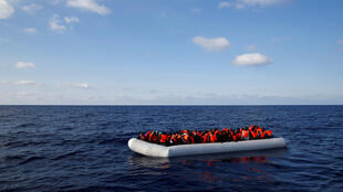 Missão de resgate em 23 de junho de 2016, na costa líbia do Mediterrâneo.