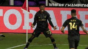 El ghanés Kwadwo Opoku celebra el gol del triunfo de Los Angeles FC frente a Cruz Azul en los cuartos de final de la Liga de Campeones de Concacaf.