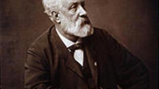 Jules Verne năm 1862 (Wikipedia)