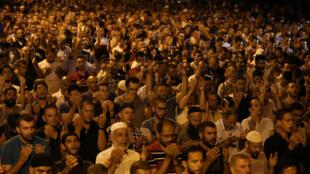 耶路撒冷老城7月23日,無數巴勒斯坦人抗議以色列在清真寺廣場設置安全門。