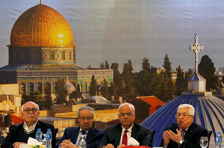 O presidente da Autoridade Palestiniana, Mahmoud Abbas, diz que os direitos da Palestina não estão à venda.