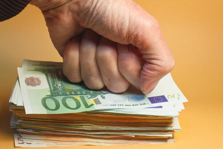 Ảnh minh họa. Dù nỗ lực thắt lưng buộc bụng, kinh tế Pháp tiếp tục gặp khó khăn.