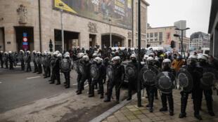 2021-01-31 belgium brussels police ban anti-lockdown protests