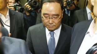 O primeiro-ministro da Coreia do Sul, Chung Hong-won, anunciou sua demissão neste domingo (27).