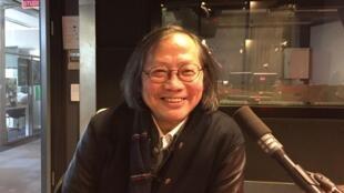 旅法华裔作家兼导演戴思杰先生接受采访