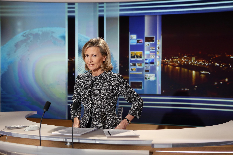 Клэр Шазаль 24 года была ведущей новостных выпусков первого французского телеканала TF1