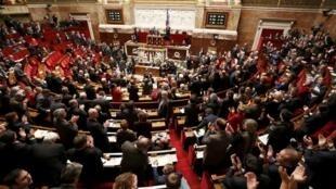 法国国会议员以绝大多数投票通过了承认巴勒斯坦国地位的议案 (2014年12月2日)