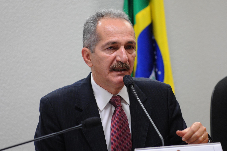 Waziri wa michezo nchini Brazil Aldo Robelo