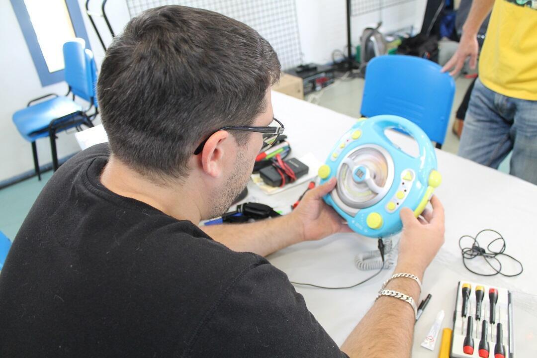 Réparer un lecteur CD, un jeu d'enfant.