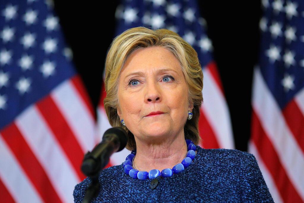 Hillary Clinton, durante evento da campanha eleitoral nesta sexta-feira (28).