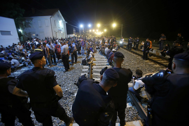 Posto de fronteira de Tovarnik (Croácia), em 17 de setembro de 2015.