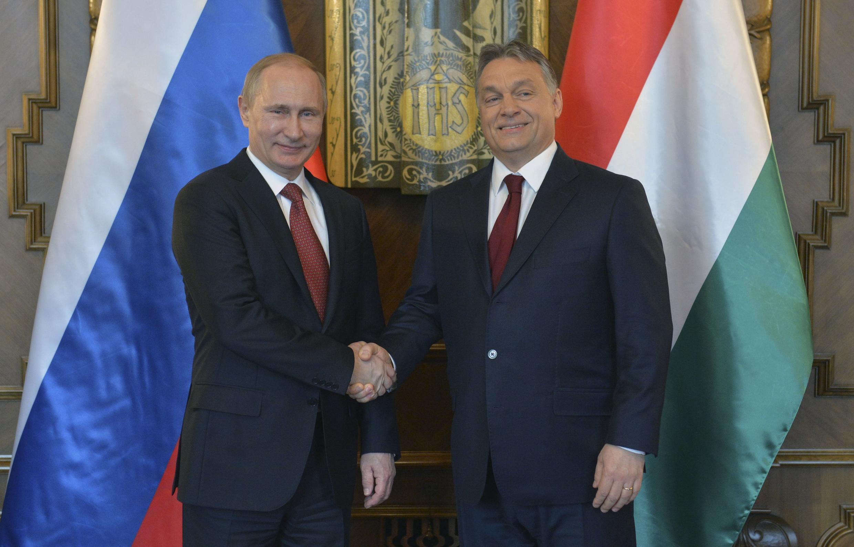 Владимир Путин (слева) и Виктор Орбан