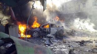 La voiture ayant servi pour l'attentat. Darkouche, le 14 octobre 2013.