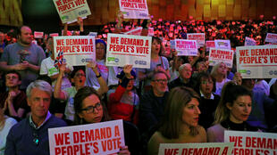 Les pro-UE demandent la tenue d'un second référendum sur le Brexit lors d'un rassemblement politique organisé à LOndres, le 9 décembre 2018.