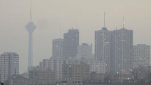 Ciel pollué de Téhéran.