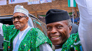 Le président nigérian, Muhammadu Buhari, et son vice-président, Yemi Osinbajo, lors d'un meeting de campagne, le 5 février 2019.