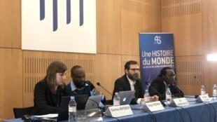 """Debate sobre """"As Crises de Moçambique"""" no Instituto Francês de Relações Internacionais em Paris."""