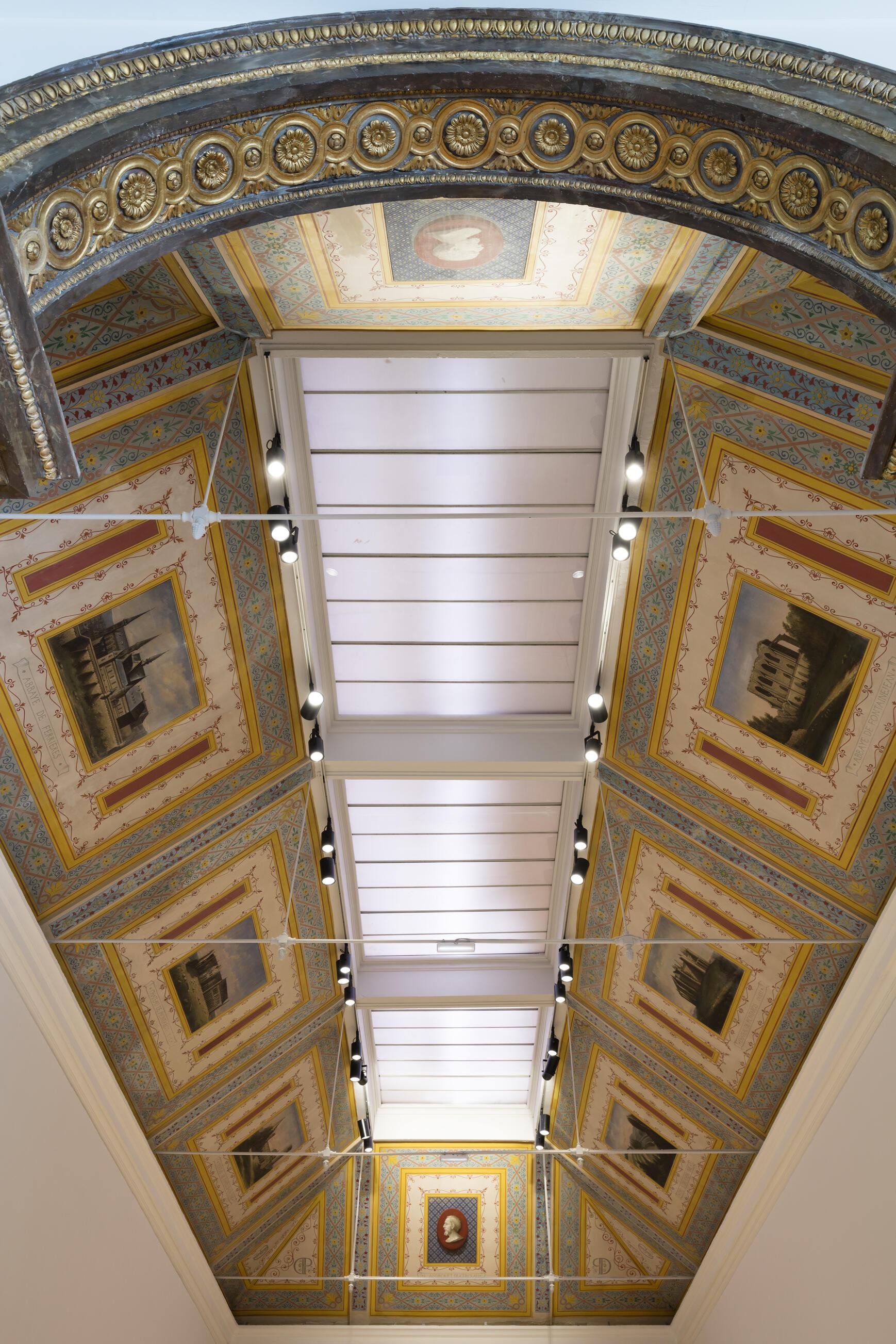 Plafones  de la galería del Museo Girodet.