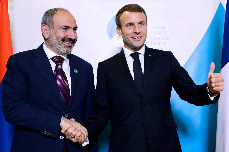 Никол Пашинян и Эмманюэль Макрон на Парижском форуме мира, 12 ноября 2019
