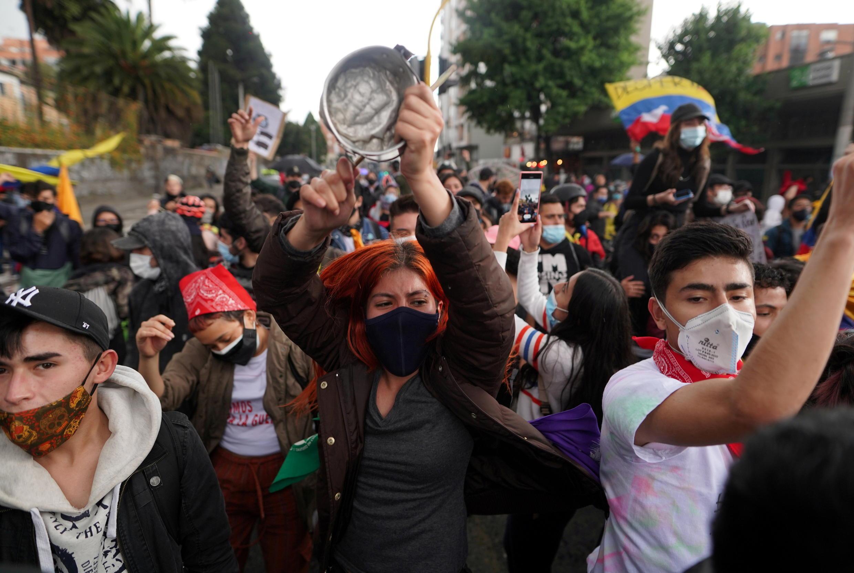 Manifestações contra a pobreza em Bogotá, nesta quarta-feira (4)