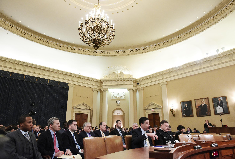 Giám đốc FBI James Comey và giám đốc NSA Mike Rogers điều trần trước Hạ Viện ngày 20/03/2017 về những hành động của Nga trong thời gian tranh cử TT Mỹ.