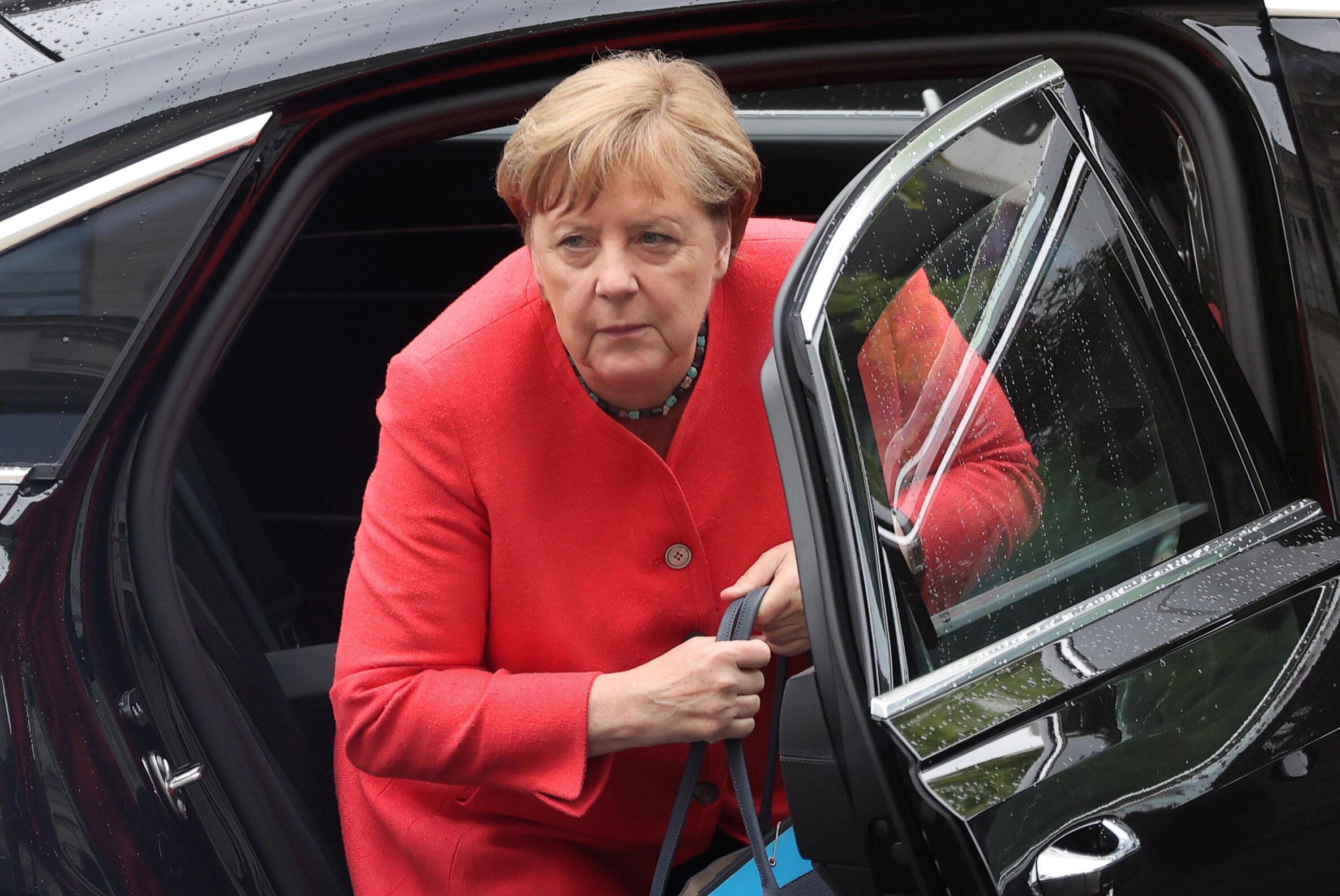 2020-07-01T110718Z_625010097_RC2BKH9Q2MSP_RTRMADP_3_GERMANY-POLITICS-MERKEL