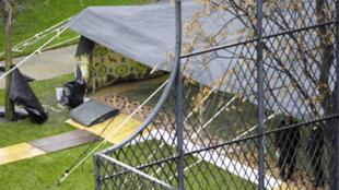 Muamar Kadafi plantó su tienda de campaña en los jardines del hotel Marigny en diciembre de 2007.
