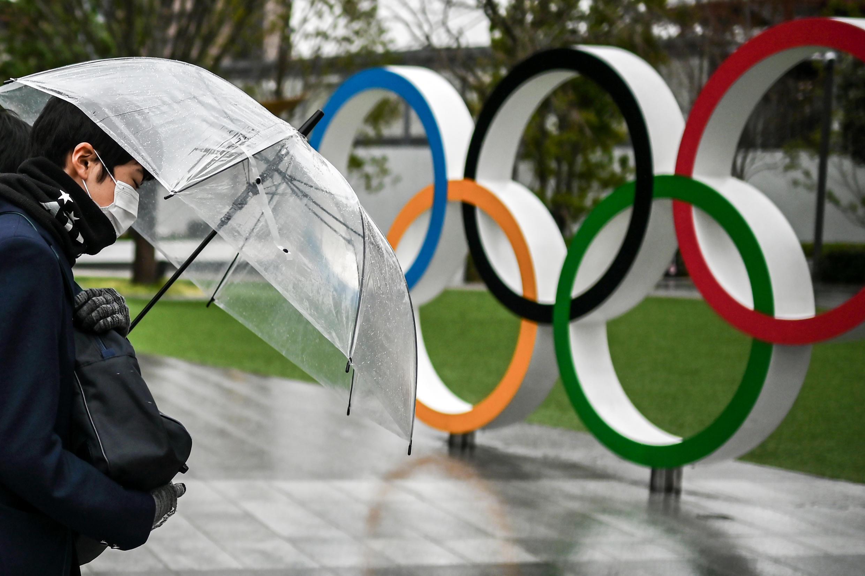 日本东京街头的奥运标志。摄于2021年1月28日