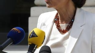 Social Affairs Minister  Marisol Touraine explains the new government's changes to Sarkozy's changes
