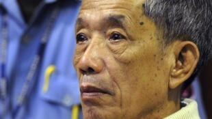 Duch lors de son procès, le 26 novembre 2009.