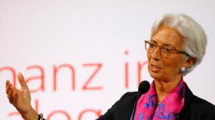 Dans l'affaire politico-judiciaire Bernard Tapie, la directrice générale du FMI Christine Lagarde, risque également d'être jugée.