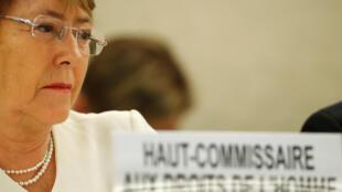 A Alta Comissária da ONU para os Direitos Humanos, a ex-presidente chilena Michelle Bachelet, denunciou o tratamento recebido pelas minorias em Mianmar e na China.