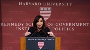 La presidenta argentina en Harvard.