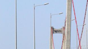 Ponte Maputo-Katembe, construída com empréstimo da China.