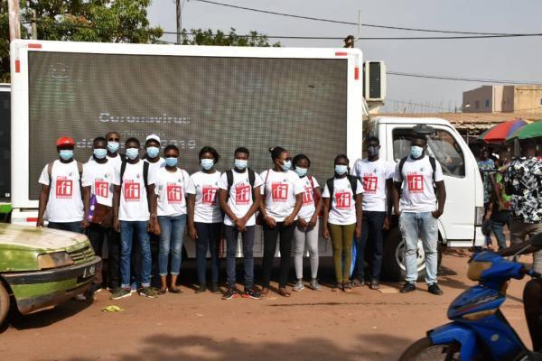 Covid-19 : les clubs RFI du Burkina Faso en ont fait leur combat du moment.