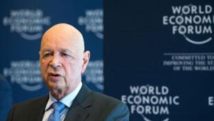 Le fondateur et président exécutif du Forum économique mondial (WEF) Klaus Schwab assiste à une conférence de presse à Cologny, près de Genève, en Suisse, le 16 janvier 2018.
