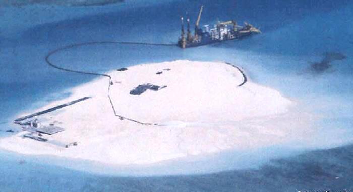 Dự án nâng cấp hải cảng cũng bao gồm việc xây dựng phi đạo trên đảo Ba Bình (DR)