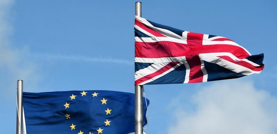 Pela primeira vez em um mês, partidários do Brexit são maioria em pesquisas.