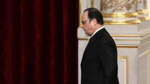Le président François Hollande, après son annonce de clore le débat sur la révision constitutionnelle. Paris, le 30 mars 2016.