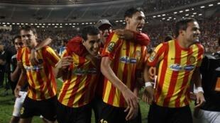 Les joueurs de l'Espérance Tunis, lors du match contre le TP Mazembe du Congo, le 20 octobre 2012.