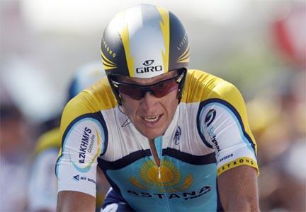O ciclista Lance Armstrong em etapa da Volta da França.