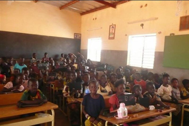 Une salle de classe d'une école au Burkina Faso.