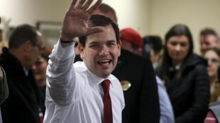 Marco Rubio en campaña en una empresa de Pittsfield, New Hampshire, 3 de febrero de 2016.