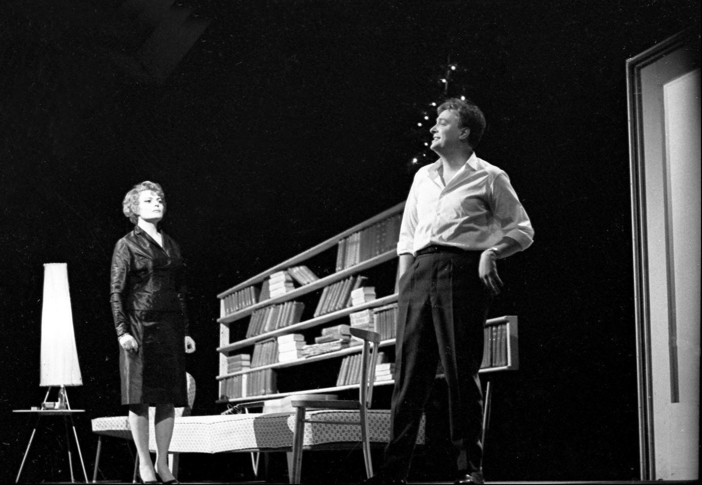 Спектакль «Еще раз про любовь» (1964), в роли Наташи – Татьяна Доронина, Феликса – Олег Басилашвили