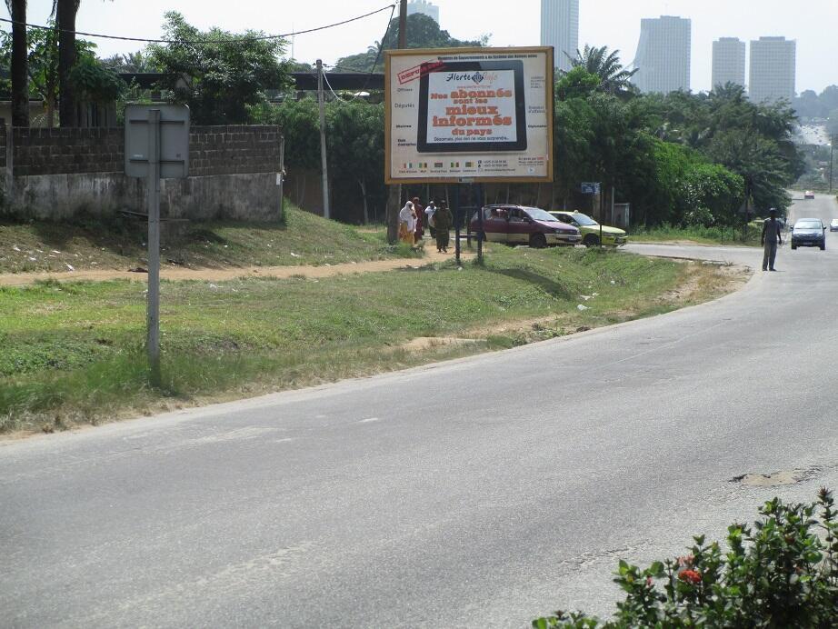 Affichage grand public à Abidjan pour Alerte Info.net.
